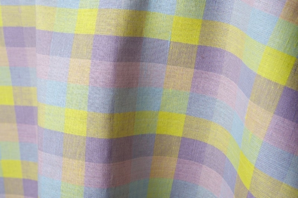 Colourful checked linen / cotton fabric 1
