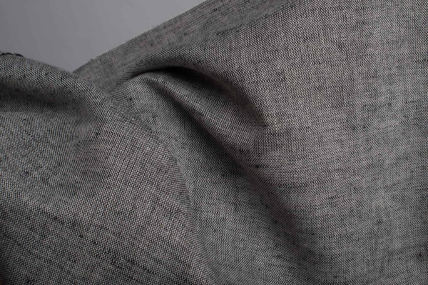 Linen blend fabric in black and white 2