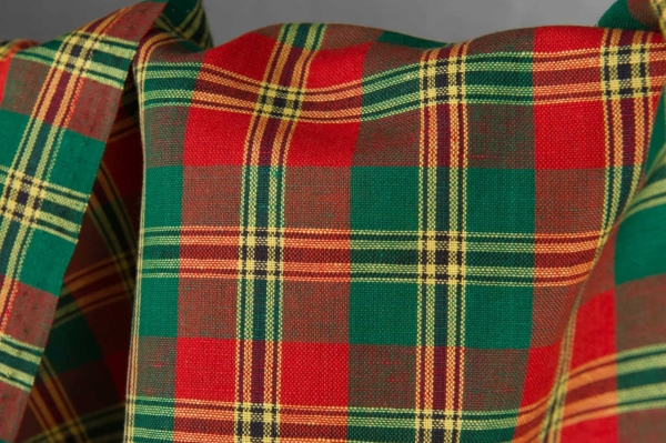 Plaid linen cotton fabric in green, red colours 2