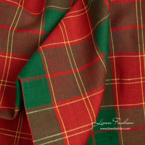 Linen cotton fabric in red and green checks 1