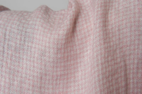 Washed linen fabric in tiny pink checks 2