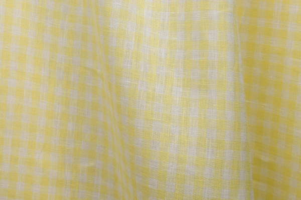 Linen fabric in yellow and white checks 1