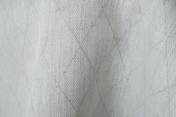 Grey double-sided linen fabric in a diamond pattern 3