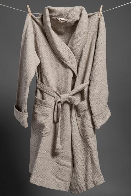 Grey linen men's bathrobe with a collar 1