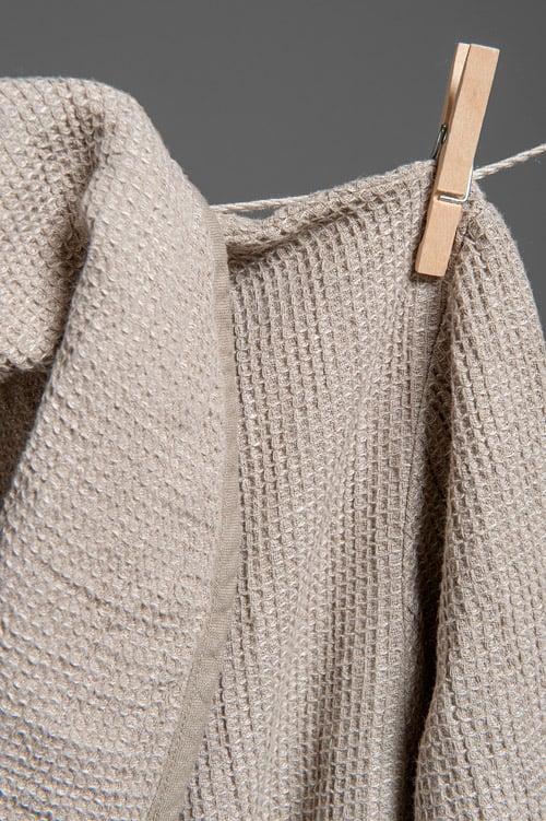 Grey linen men's bathrobe with a collar 2