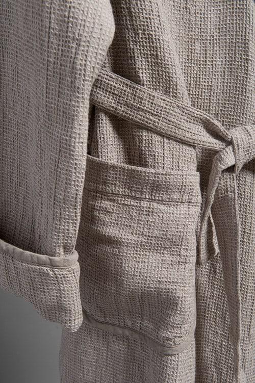 Grey linen men's bathrobe with a collar 3