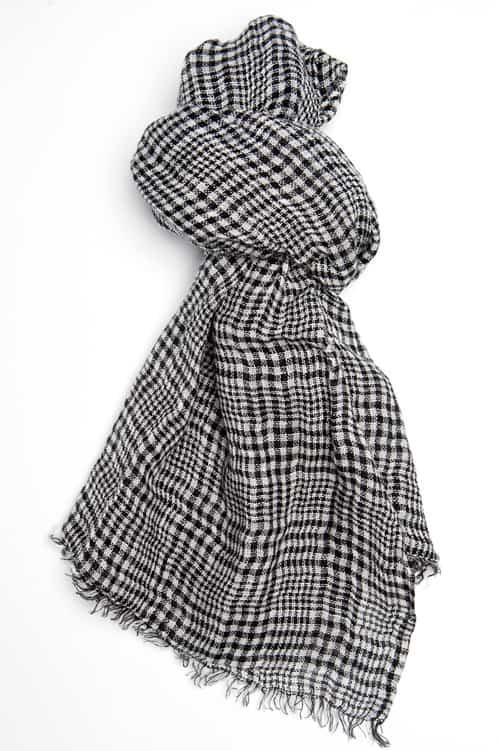 FINO black plaid shawl 1