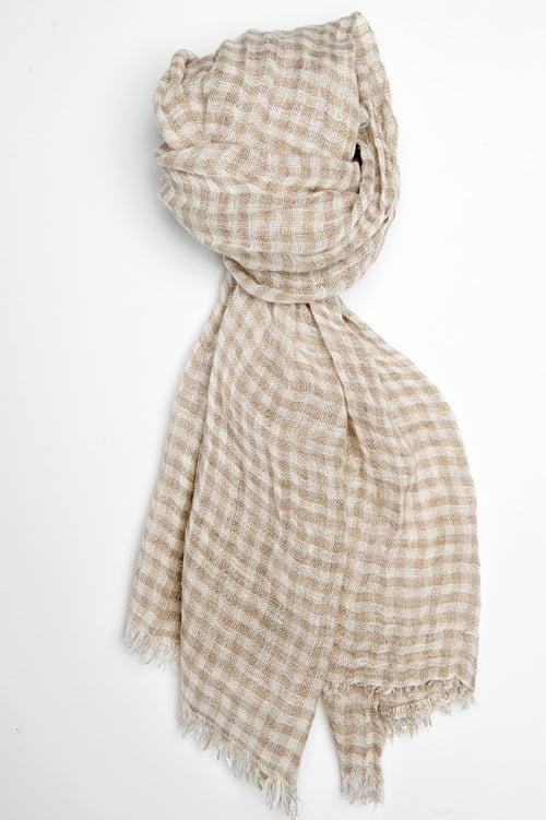 FINO grey checked shawl 1