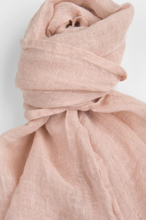 Light pink linen shawl 2