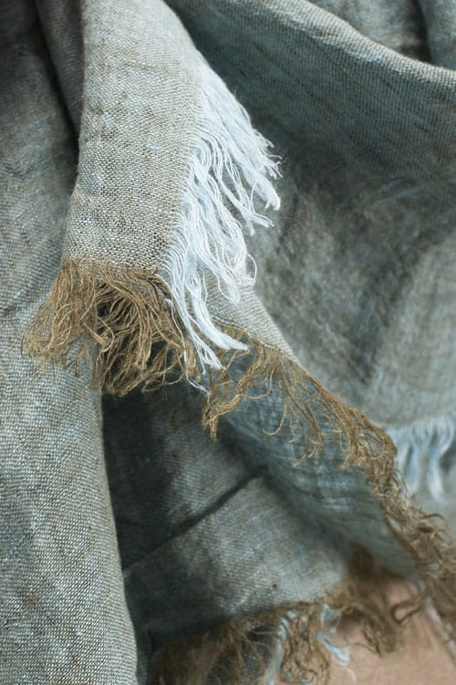 Light green linen wrap scarf 3