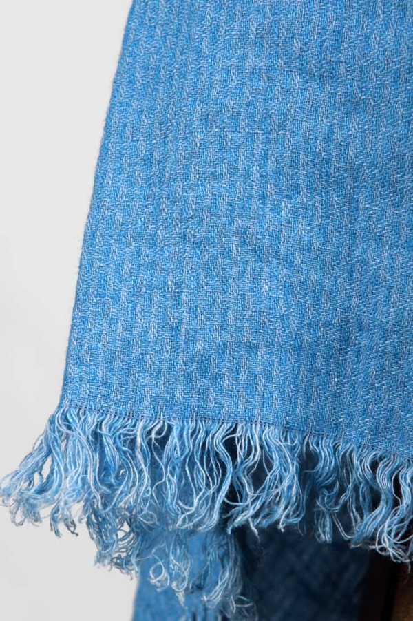 Linen wrap scarf in blue colour 3