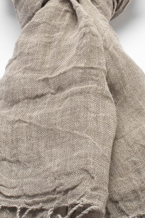 Grey linen shawl with twisted fringes 2
