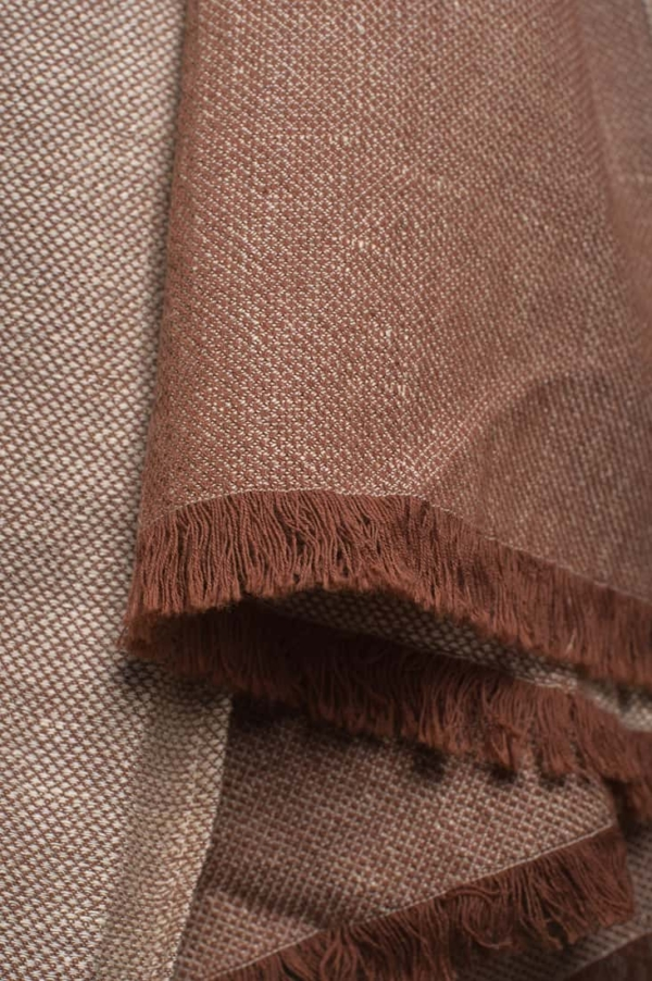 Brown patterned linen shawl 3