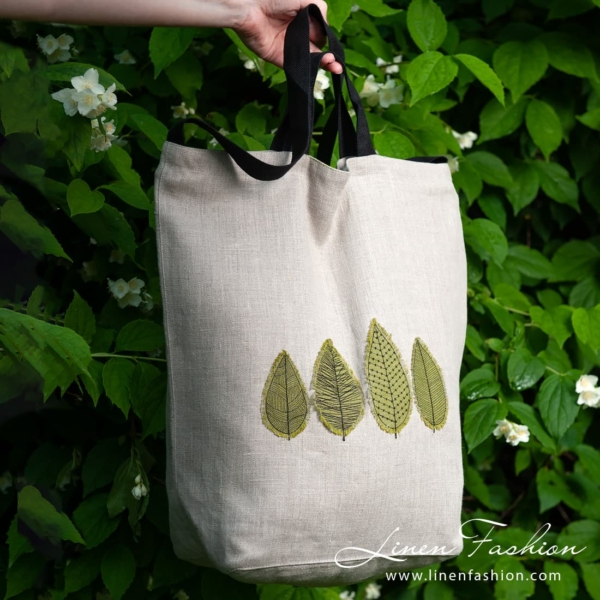 Linen grey tote bag with green leaves 1