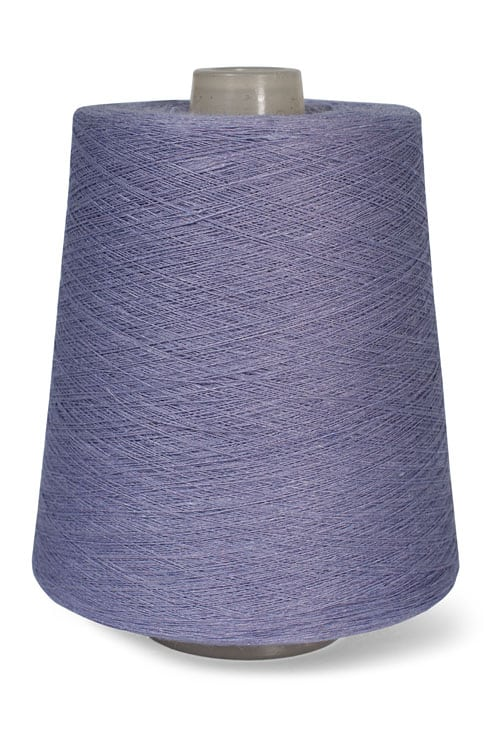 Linen yarns in lavender colour 3(9) 1