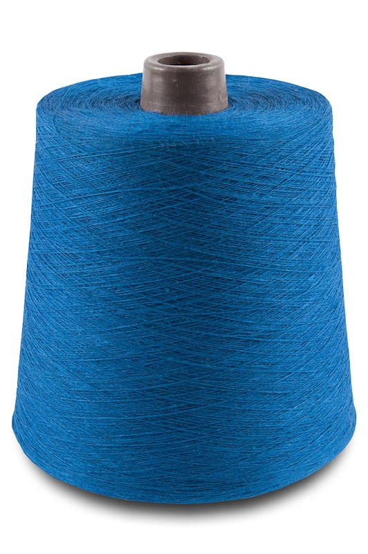 Linen yarns in electric blue colour 2(26) 1