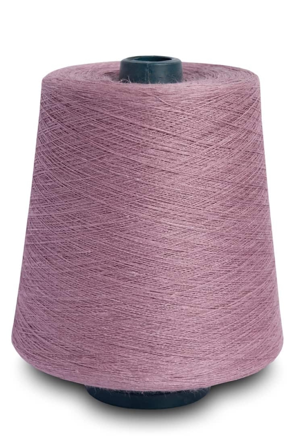 Linen yarns in lily 3(13) 1