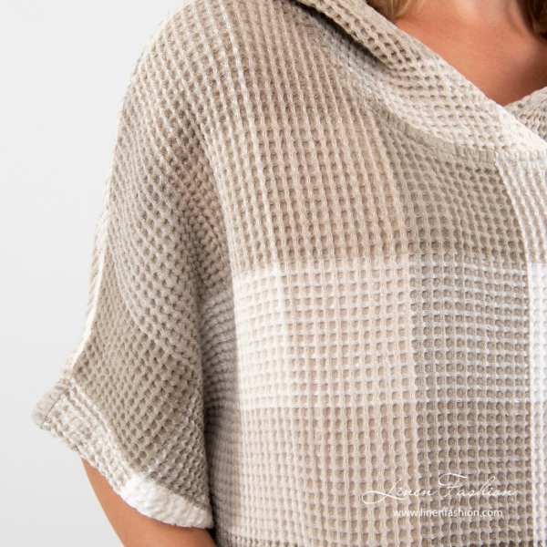 Linen poncho towel with short sleeves