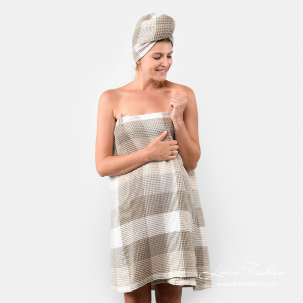 Linen wrap towel with checks
