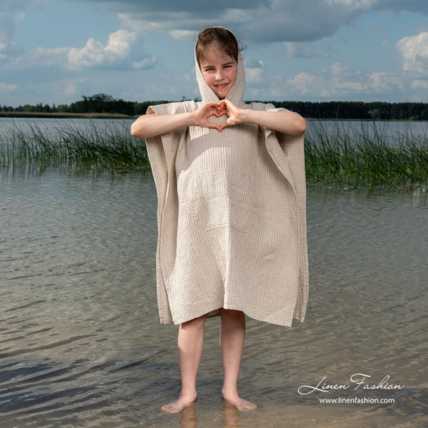 Linen blend poncho towel with pocket
