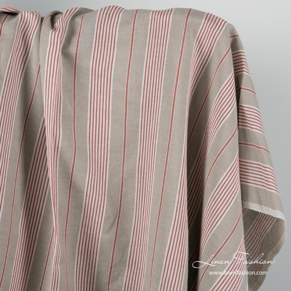 Linen cotton fabric in white and red stripes