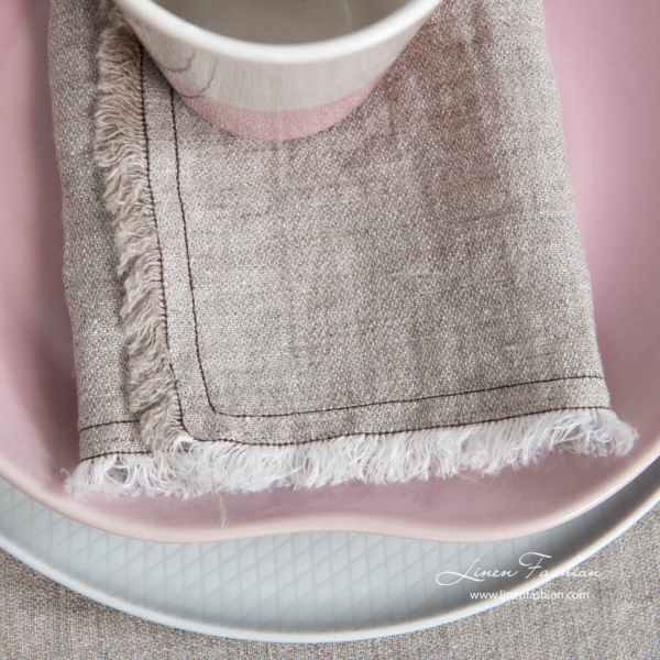 Linen light grey napkin with fringe and double stitch