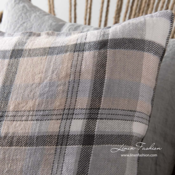 100% linen cushion cover in grey.