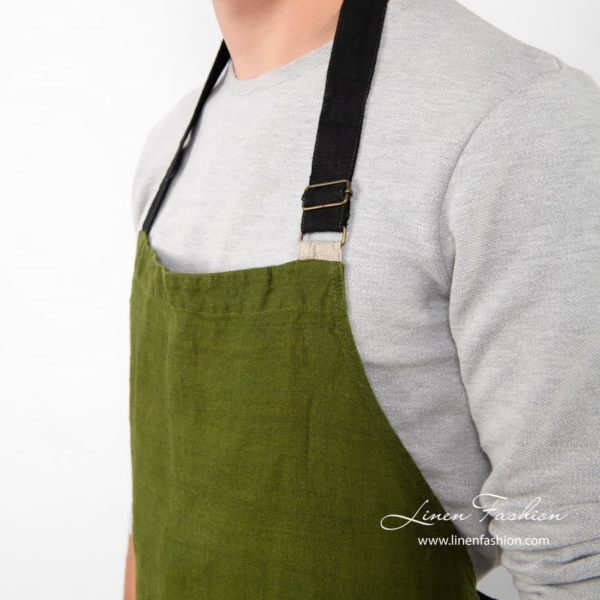 100% linen apron in green color.