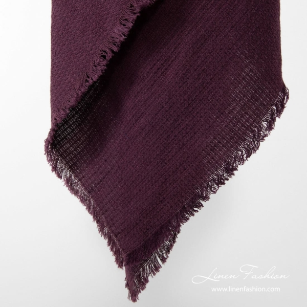 Dark red colored linen-cotton scarf.