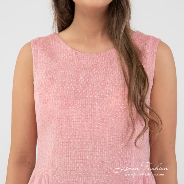 Rosy dyed linen dress.